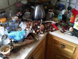 Photo of a dirty kitchen